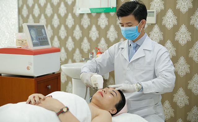 Bác sĩ Nguyễn Đức Thọ