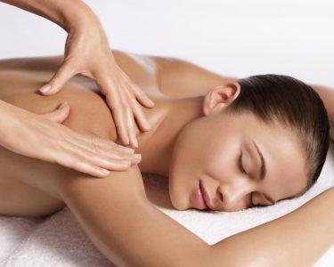 3 cách trị liệu cổ vai gáy tại nhà phổ biến nhất